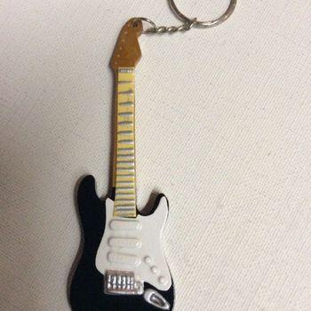 Sleutelhanger - gitaar - Eric Clapton - zwarte Stratocaster
