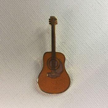 Pin - Martin D45