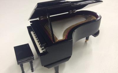 Vleugelpiano - muziekdoos