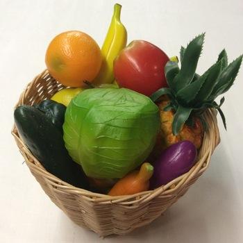 Fruit & groenten mand met shakers (18 stuks)
