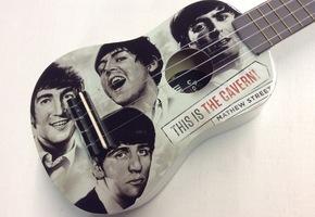 Ukelele - The Cavern Club London - The Beatles