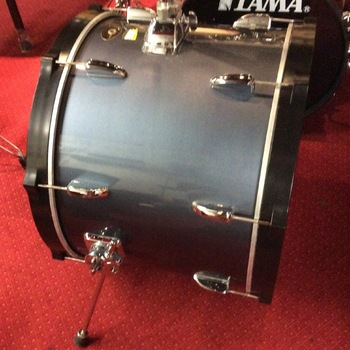 "TAMA Bass Drum Swingstar 22"" met tom holder"