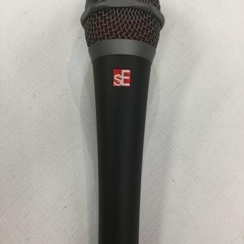 SE - V7