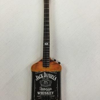 Miniatuurgitaar - Jack Daniels Bass