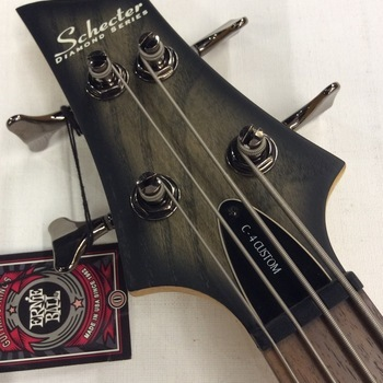 OUTLET - Schecter C4 Custom Bass Linkshandig
