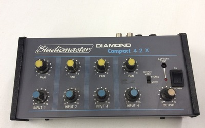 OUTLET - Studiomaster Diamond Compact 4-2 X
