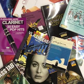 Muziekboeken en partituren